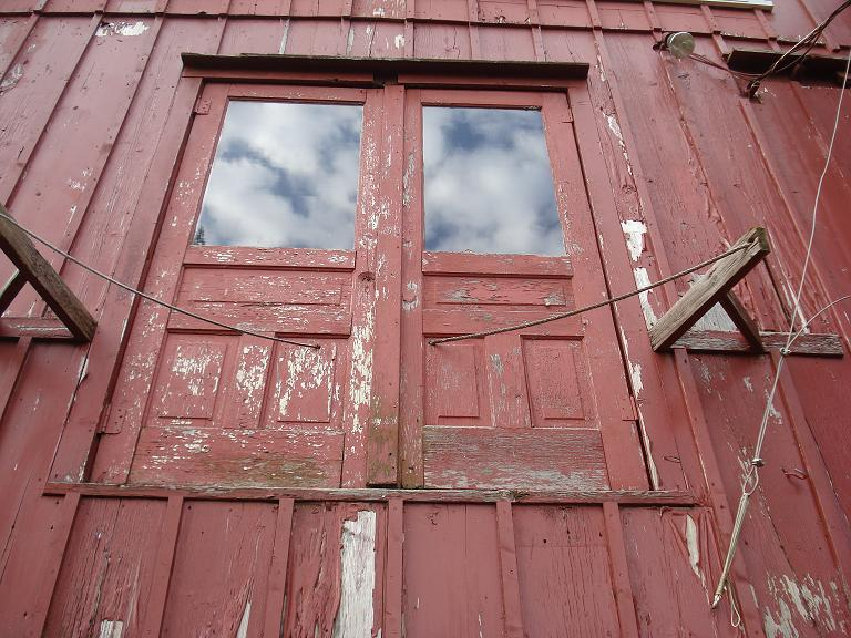 Barn scond level doors